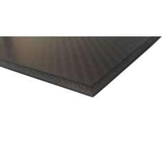 Placa sanduíche de fibra de carbono com núcleo interno - 400 x 250 x 2,4 mm.