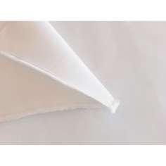Amostra comercial Tecido anti-corte e perfuração de polietileno e poliéster, 660gr / m2 - Largura 173cm