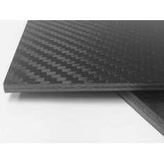 Placa de fibra de carbono+ vidrio MATE - 400 x 250 x 2 mm.