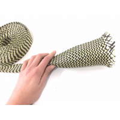 Muestra comercial manga tubular trenzada de fibra de kevlar-carbono de 60mm Ø