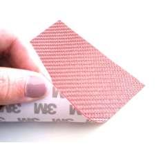 Muestra comercial lámina flexible de fibra de vidrio Sarga (Color Rosa) con adhesivo 3M - 50x50 mm.
