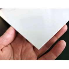 Placa de fibra de vidro de um lado - 625 x 650 x 1,5 mm.
